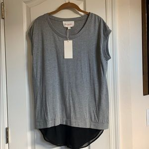 NWT-Two by Vince Camuto Top